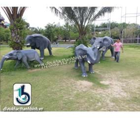 Điêu khắc con voi xi măng 1
