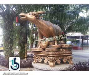Điêu khắc mười hai con giáp